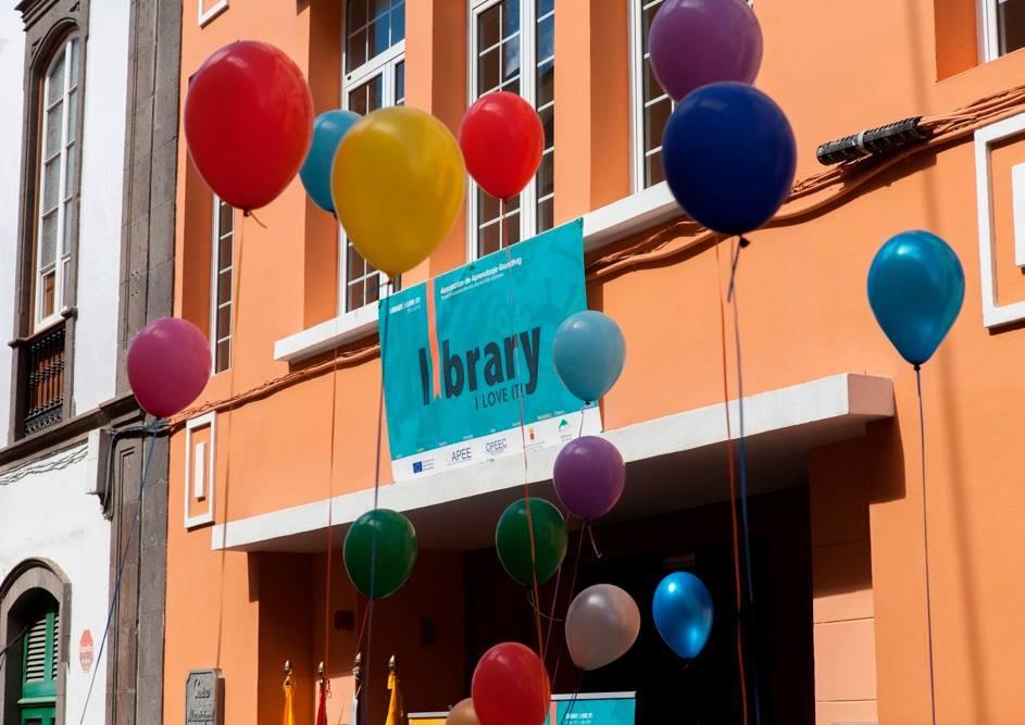 Loly León. Arucas Municipal Library (Spain)
